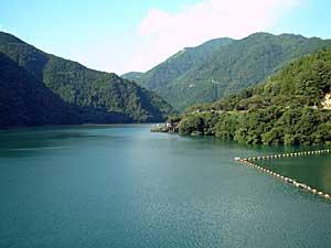佐久間ダム湖