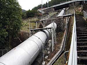 西渡発電所鉄管